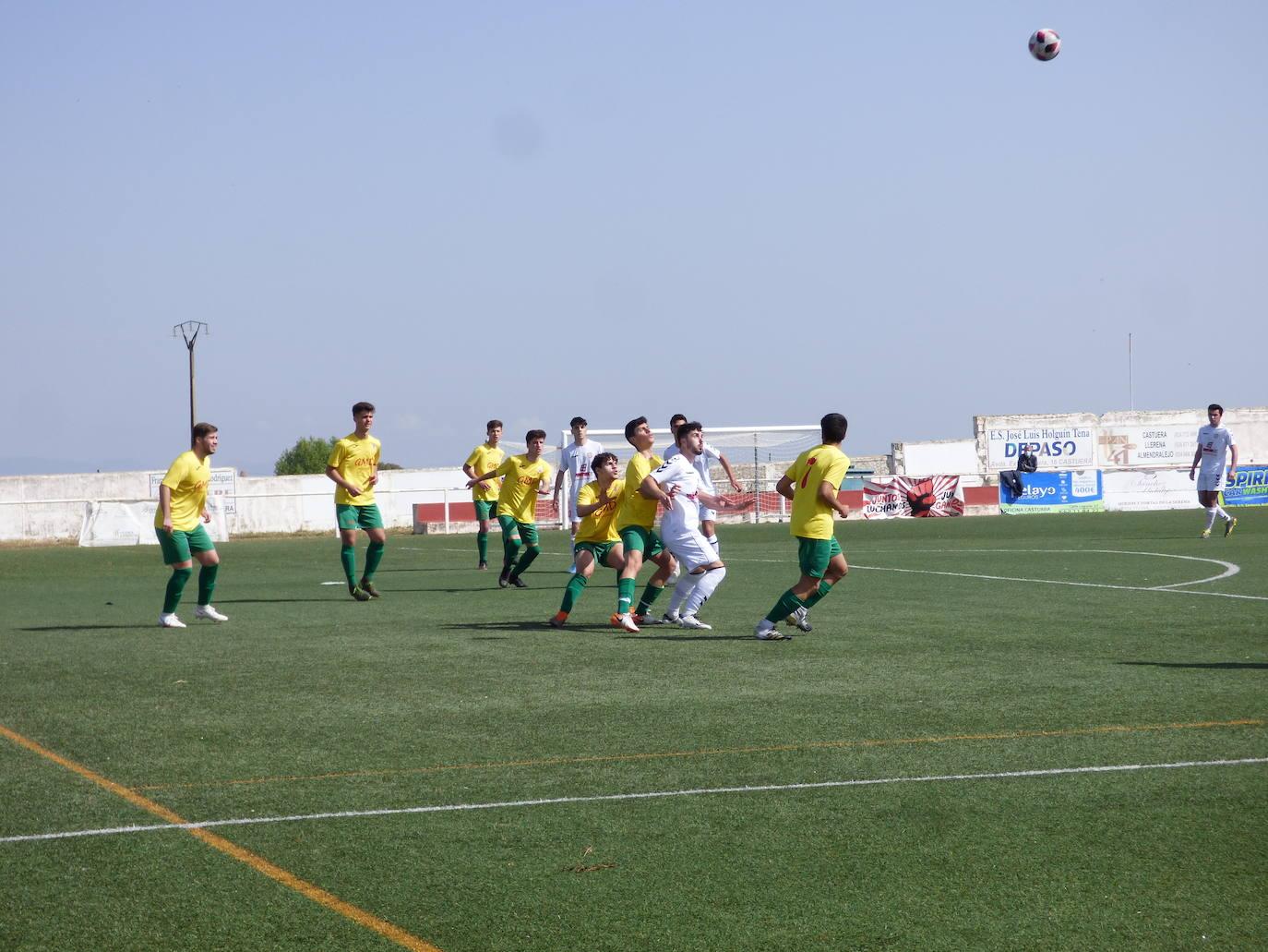 Una victoria, un empate y dos derrotas, balance de los equipos del CD Castuera el pasado fin de semana