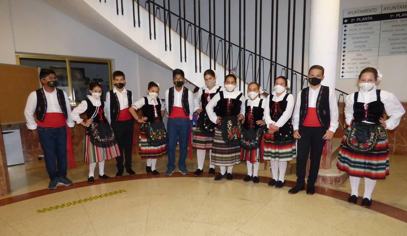 «Fue emocionante lucir el traje típico de Castuera en toda Extremadura»