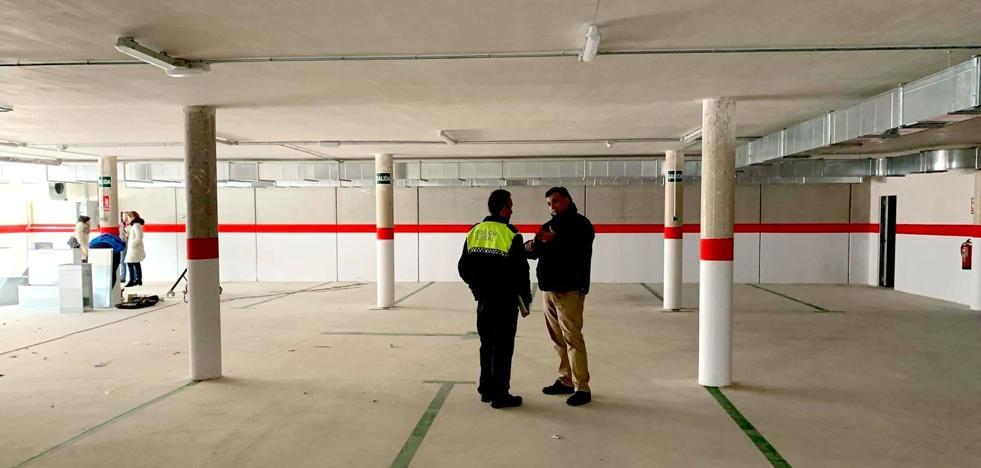 Finalizan las obras del aparcamiento construido bajo la plaza Doctor Viera
