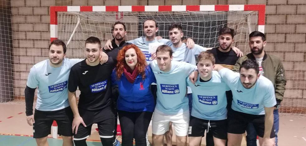Serfinex-Coria ganador de las 24 horas de fútbol sala Peña La Geta