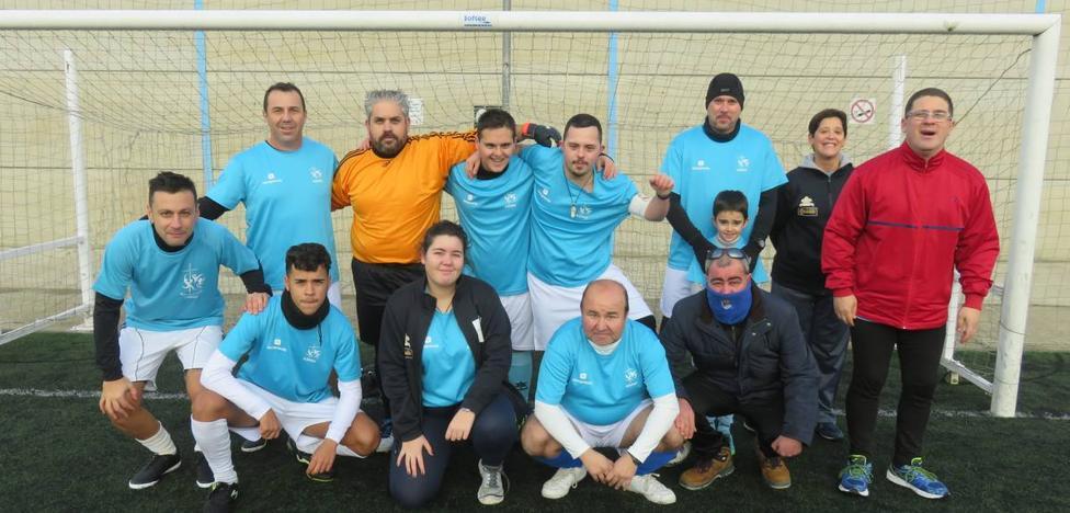 El fútbol 7 recauda 240 kilos para Cáritas
