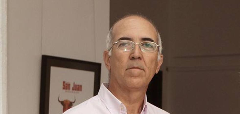 El poeta cauriense Cruz Díaz publica dos nuevos poemarios