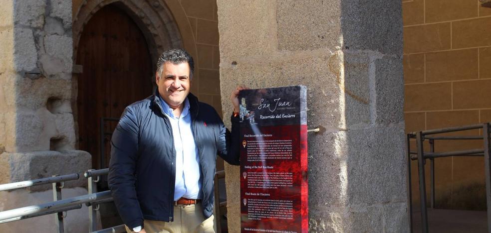 Instalan nuevas señales turísticas en el casco histórico