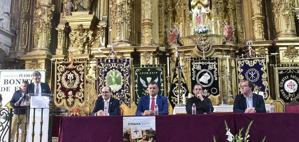 Presentación oficial de la Semana Santa Trujillana en la Catedral de Coria