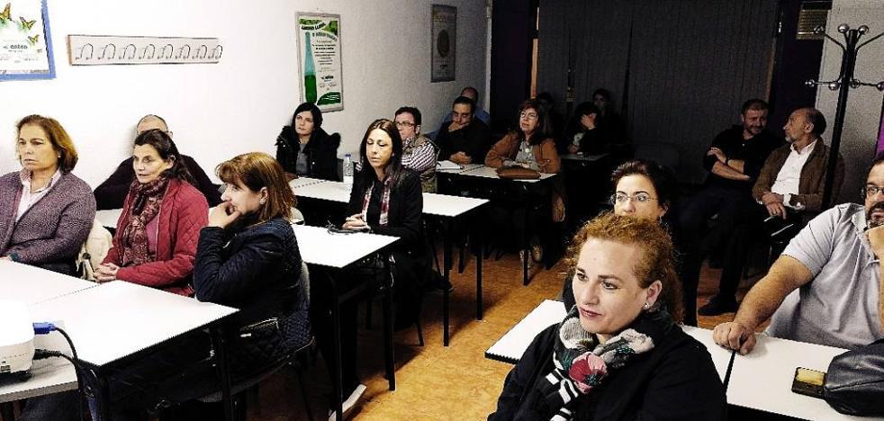 Organizan un curso sobre redes sociales en Coria