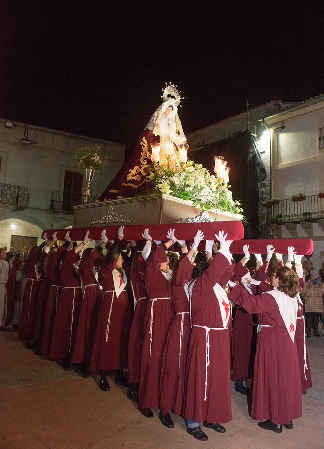 A las 11 de la noche saldrá el paso de María Santísima del Amor Hermoso