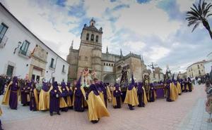 A las 7.30 de la tarde sale de la Catedral la Pasión del Señor