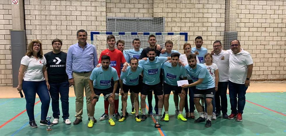 Serfinex Allianz de Coria ganador de las 24 horas de Fútbol Sala de la peña La Geta