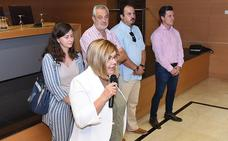 Charo Cordero, con los empresarios de la construcción para informarles sobre la obra pública de la Diputación