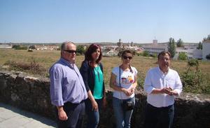 Malestar en el Ayuntamiento porque el PSOE sólo prevé que la Junta invierta 60.000 euros en el proyecto de residencia de mayores