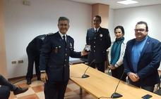 Reconocimiento al jefe de la Policía Local por sus 25 años de servicio