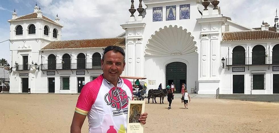 El Frexnense Antonio Magro está recorriendo en bicicleta 7 grandes Santuarios Marianos