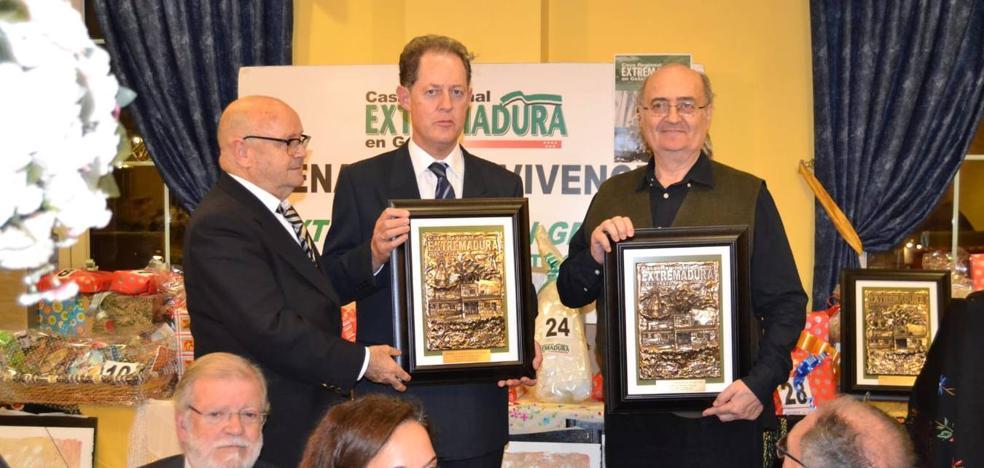 Manolo Romero y Damián Retamar, premiados por la Casa de Extremadura en Getafe
