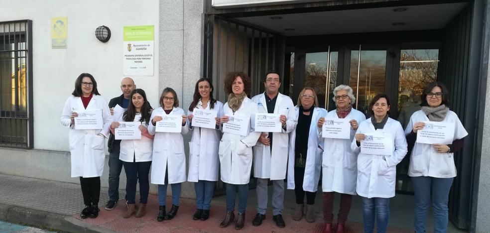 Profesionales del Centro de Salud secundan paros de 10 minutos reivindicando mejoras en la Sanidad pública