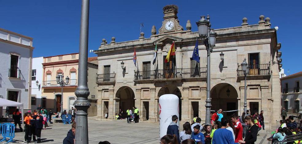Esta mañana se celebra el III Raid Urbano de Aventuras del IES Eugenio Frutos