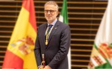 Saturnino Alcázar conforma un Gobierno local con mayoría de mujeres