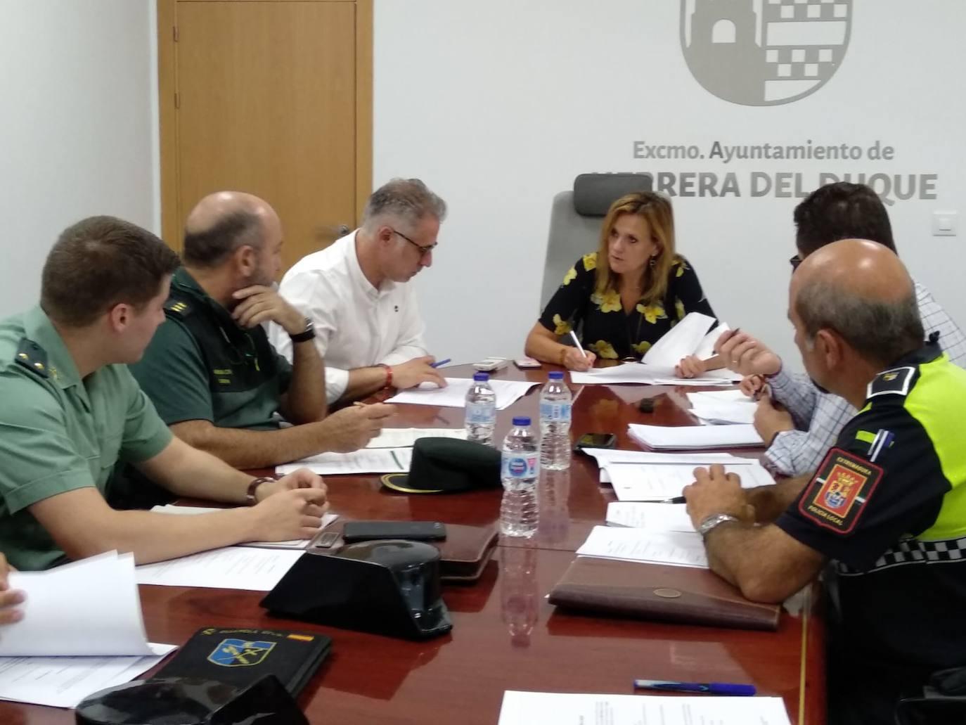 La Delegada del Gobierno visita la localidad