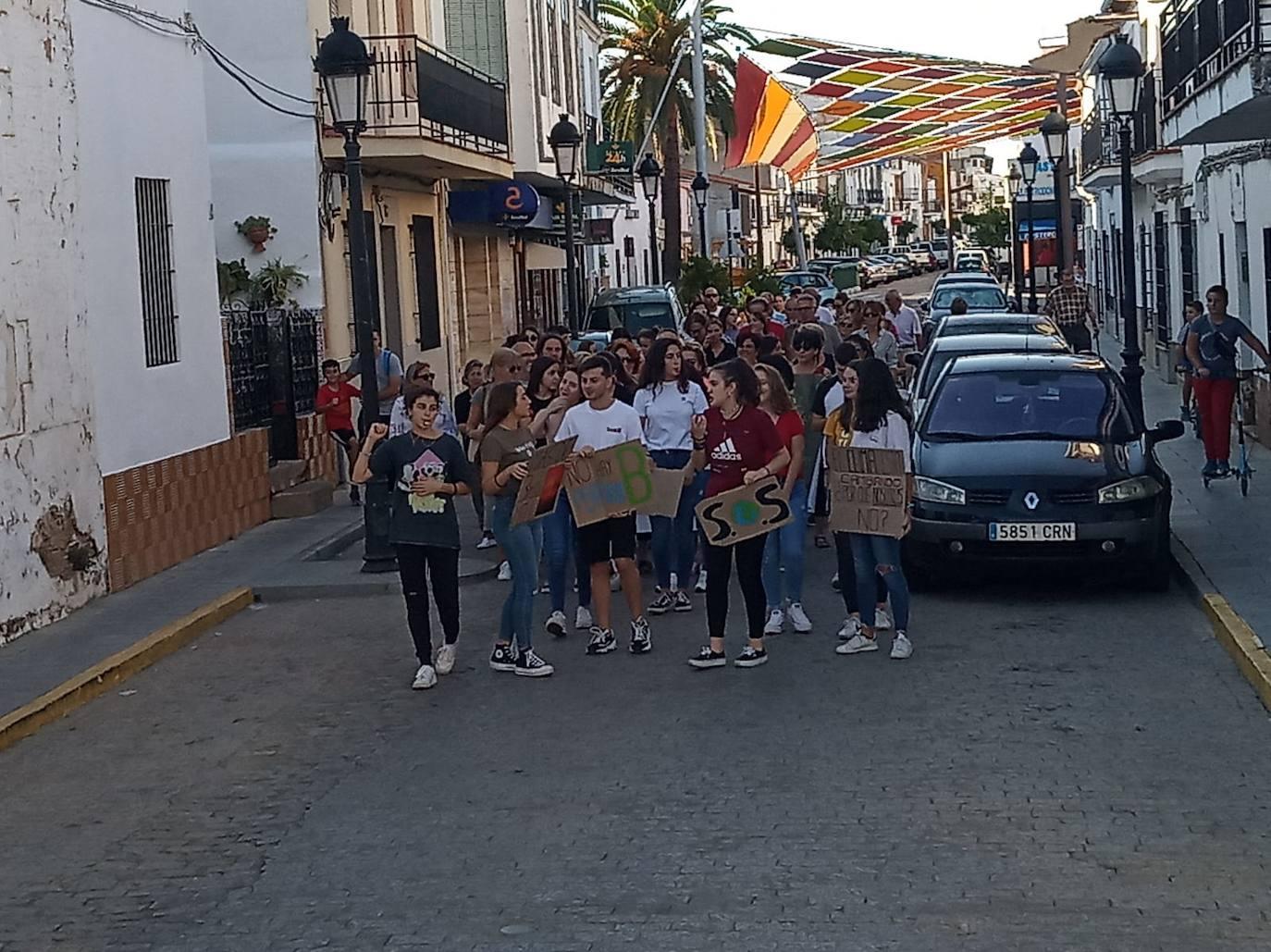 Los estudiantes del IES Benazaire se sumaron a la huelga mundial por el clima