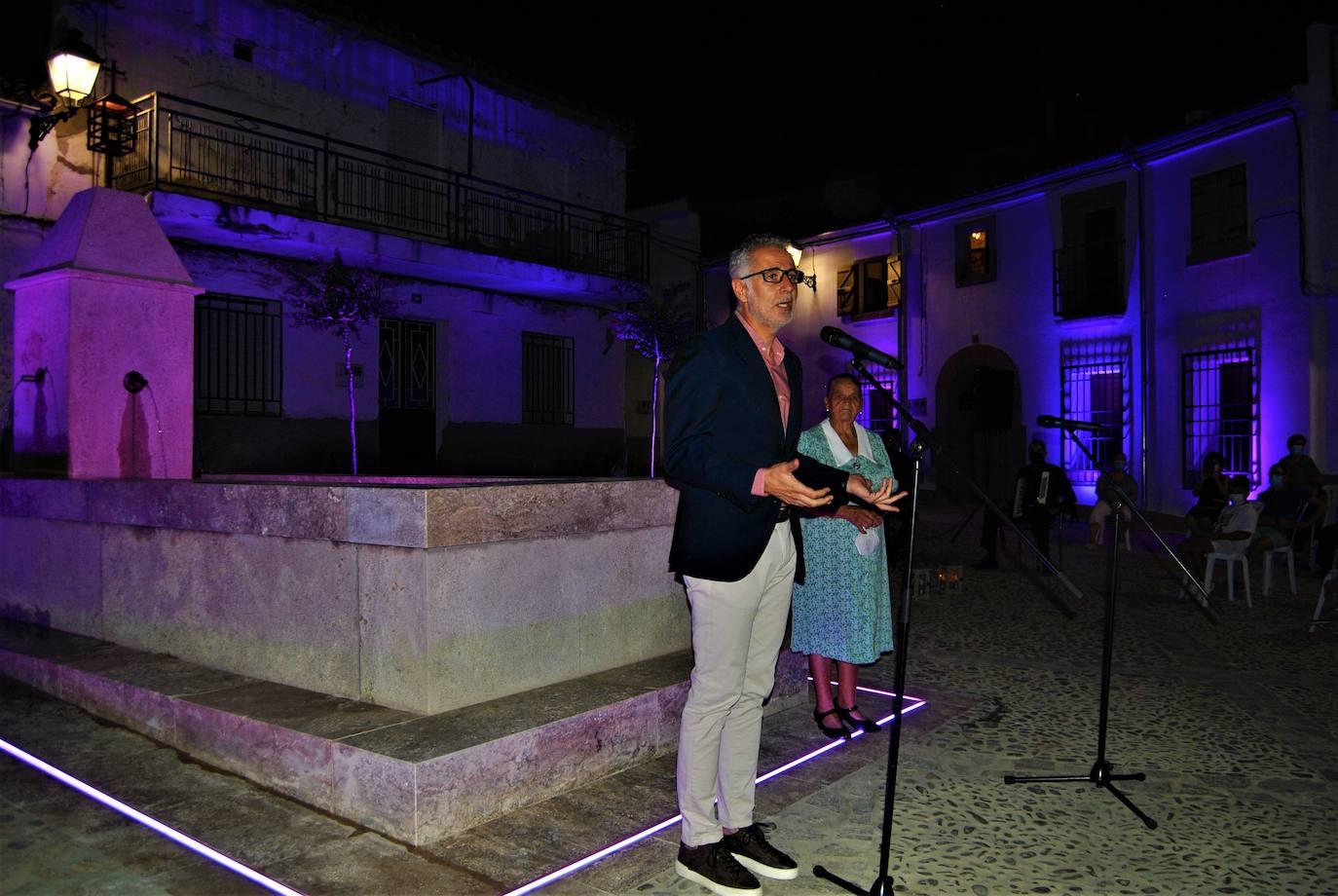 Inauguración Fuente de la Plaza de la Encalá