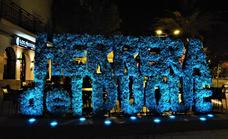 Herrera del Duque se ilumina de azul turquesa en conmemoración del Día Europeo de la Dislexia