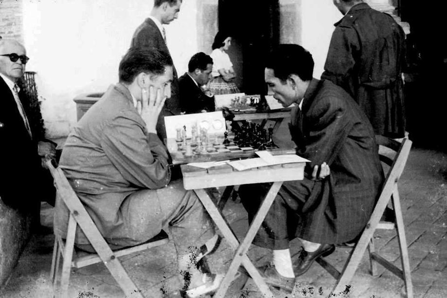 La semifinal de ajedrez del Campeonato de España de 1957, disputada en Jaraíz