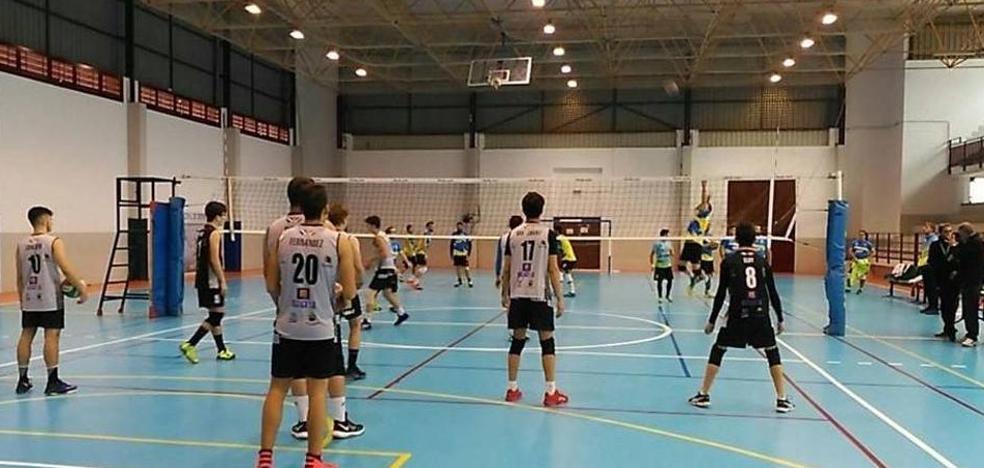El pabellón municipal acoge este sábado los Juegos Deportivos Extremeños de Voleibol