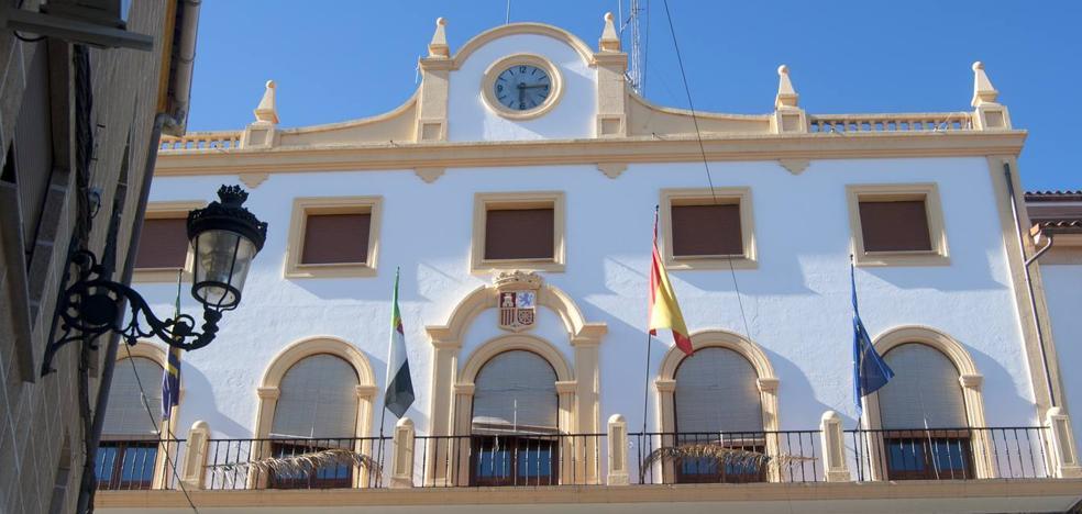 El Ayuntamiento oferta dos plazas de auxiliar administrativo