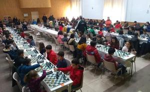 Más de un centenar de niños participan en la I Fase del Torneo de Ajedrez Zona Norte