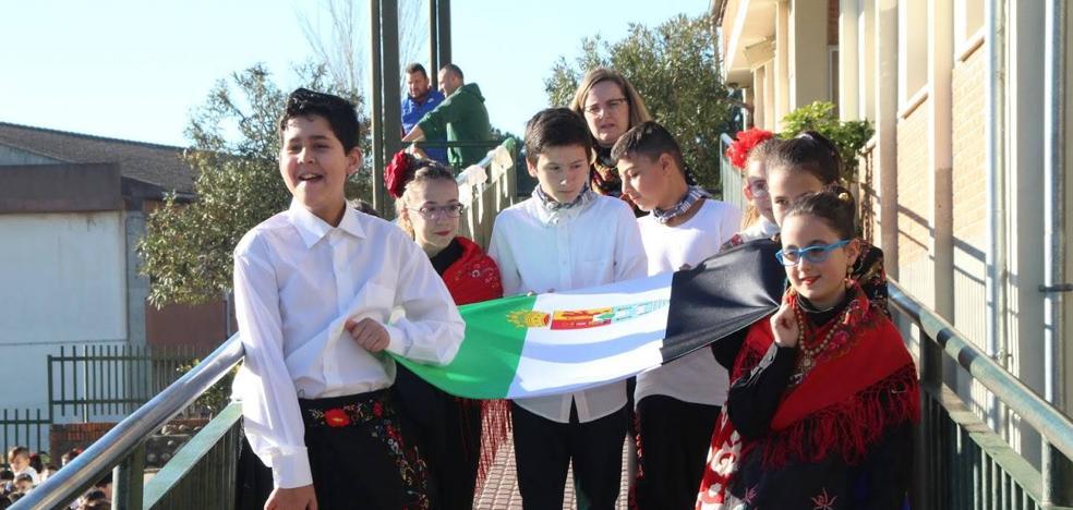 El Gregoria Collado festeja el Día Escolar de la Región y del Centro