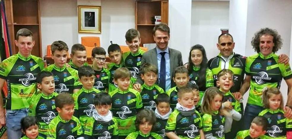 La Asociación Deportiva Las Moriscas crea una escuela de ciclismo