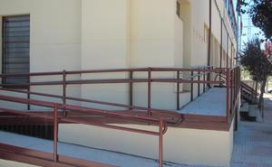 El pabellón municipal es ya accesible tras las obras realizadas