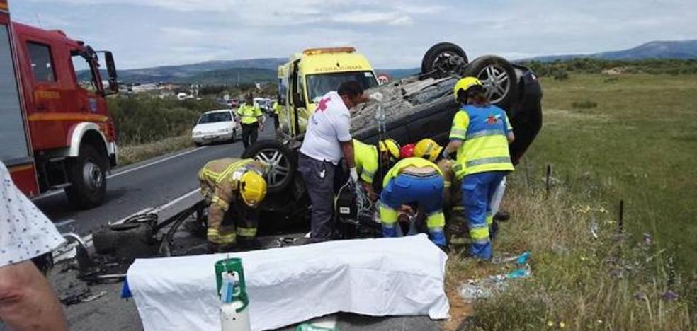 Tres personas resultan heridas en un accidente de tráfico en Jaraíz