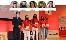 Andrea Rodríguez Salas recibe el Premio 'Diputación Contigo', en la categoría Plata