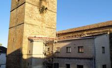 Las aves originan goteras en la iglesia de Santa María