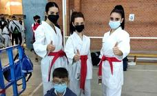 El Club de Karate Jaraíz conquista media docena de medallas en el Internacional de Mora