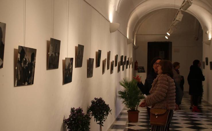 La Asociación de Mujeres 'Felisa Tanco' inaugura la exposición 'Abuelas en movimiento'