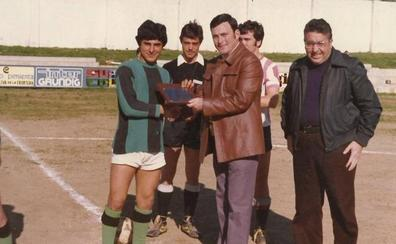 «La labor de la que se sentía más orgulloso es la de entrenador de las categorías inferiores del club»