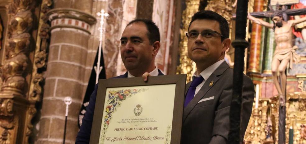 Jesús Manuel Méndez Bravo, premio 'Caballero cofrade' por su extraordinaria difusión de la Semana Santa Jerezana