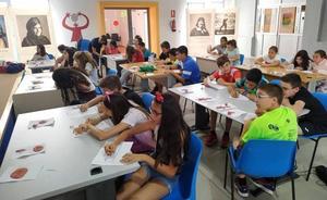 Los más pequeños aprenden sobre Arqueología y Momificación en el ECJ con el Instituto de Estudios del Antiguo Egipto