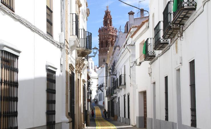 Alfombras de sal adornan las calles de Jerez con motivo de la festividad del Corpus Christi