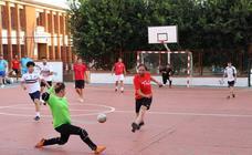 El barrio de San Roque celebra su primer torneo de fútbol sala 'Memorial Francisco Cardenal. El Mangui'
