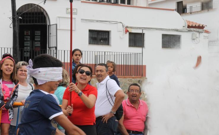 Fiesta, convivencia y tradiciones en la 'velá' de Santiago