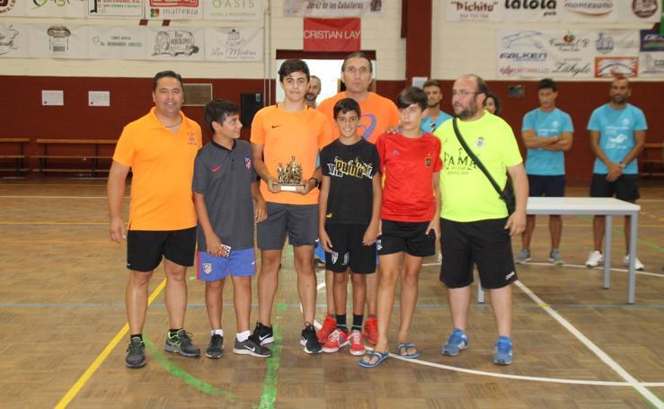 Deportividad y buen ambiente en el Torneo de Fútbol sala de las categorías inferiores