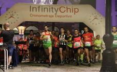 Gran participación y ambiente en la V Carrera Popular Nocturna 'Recorriendo el Medievo'