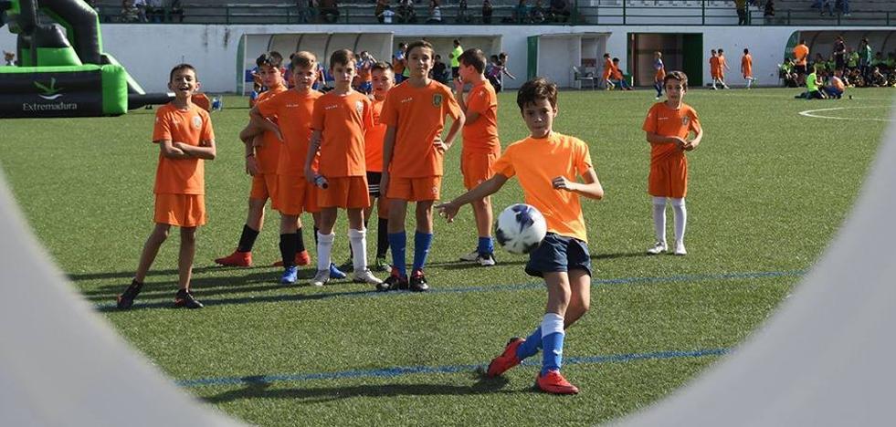 Los valores del deporte, protagonistas de la 'UEFA Grassroots', el sábado en Jerez