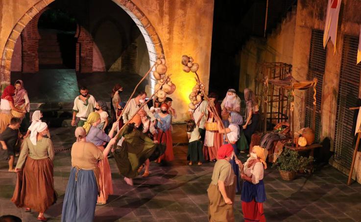 Aplausos para 'Jerez a Escena' en su propuesta teatral para revivir el espíritu del Festival Templario