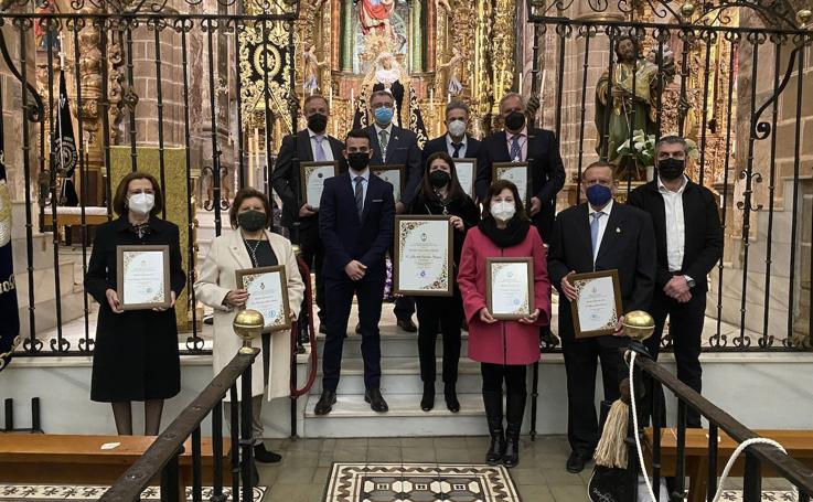 La entrega y el compromiso hacia la Semana Santa jerezana vuelven a ser protagonistas de los premios 'Cruz de Guía' y 'Caballero Cofrade'
