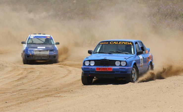 Más de 40 pilotos participan en el 40º Autocross 'Ciudad Jerez de los Caballeros'