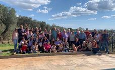 65 miembros de una misma familia se reúnen en Jerez por el Puente del Pilar