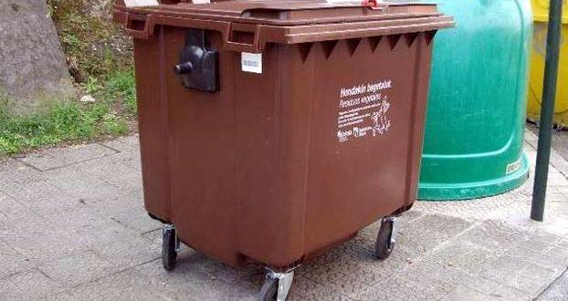En breve se instalarán contenedores marrones para recoger la basura orgánica